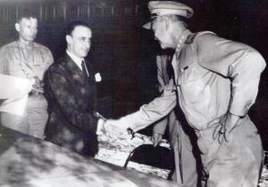 firma Armistizio, Castellano e Eisenhower
